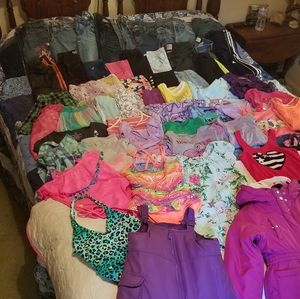 HUGE girls Clothes Lot